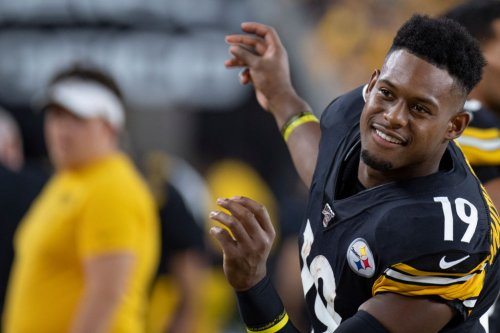 JuJu Smith-Schuster Casually Says He Made $100k To Simply Watch The Cowboys-Bears Thursday Night Game On Twitch - BroBible