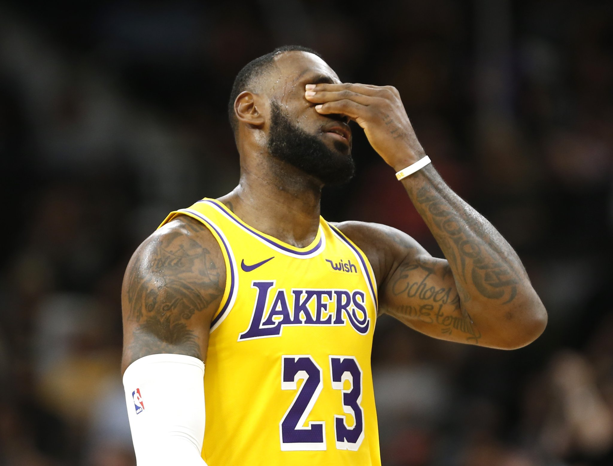 Map shows LeBron James is the most hated NBA player in many U.S. states - cover