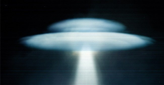 Numerous Reports Of A Mysterious UFO Flying Then Disappearing Over Florida Has Area Residents Shook