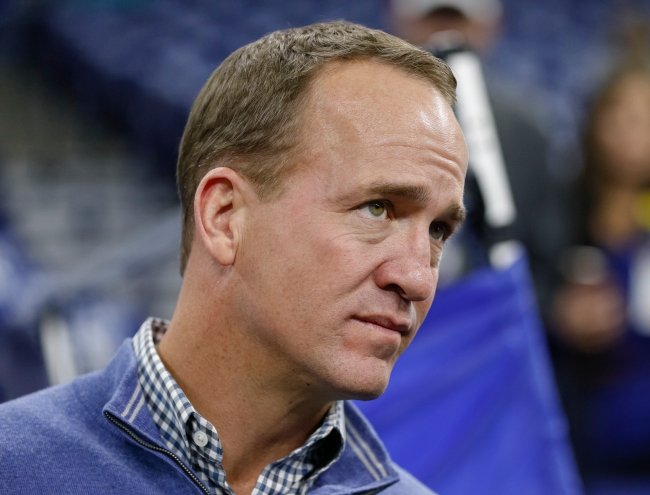 Peyton Manning's new shredded six-pack has the internet freaking out