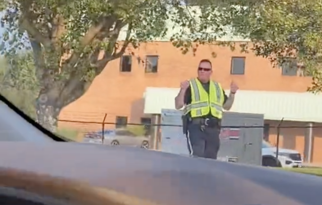 This Dancing Police Officer In Tennessee Is Spreading Incredible Vibes