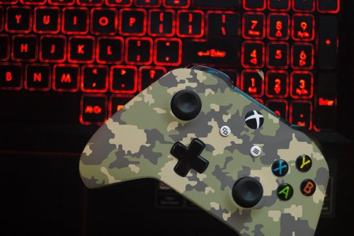 The Army Used A Fake Xbox Controller Giveaway On Twitch To Try To Recruit People During Streams - BroBible