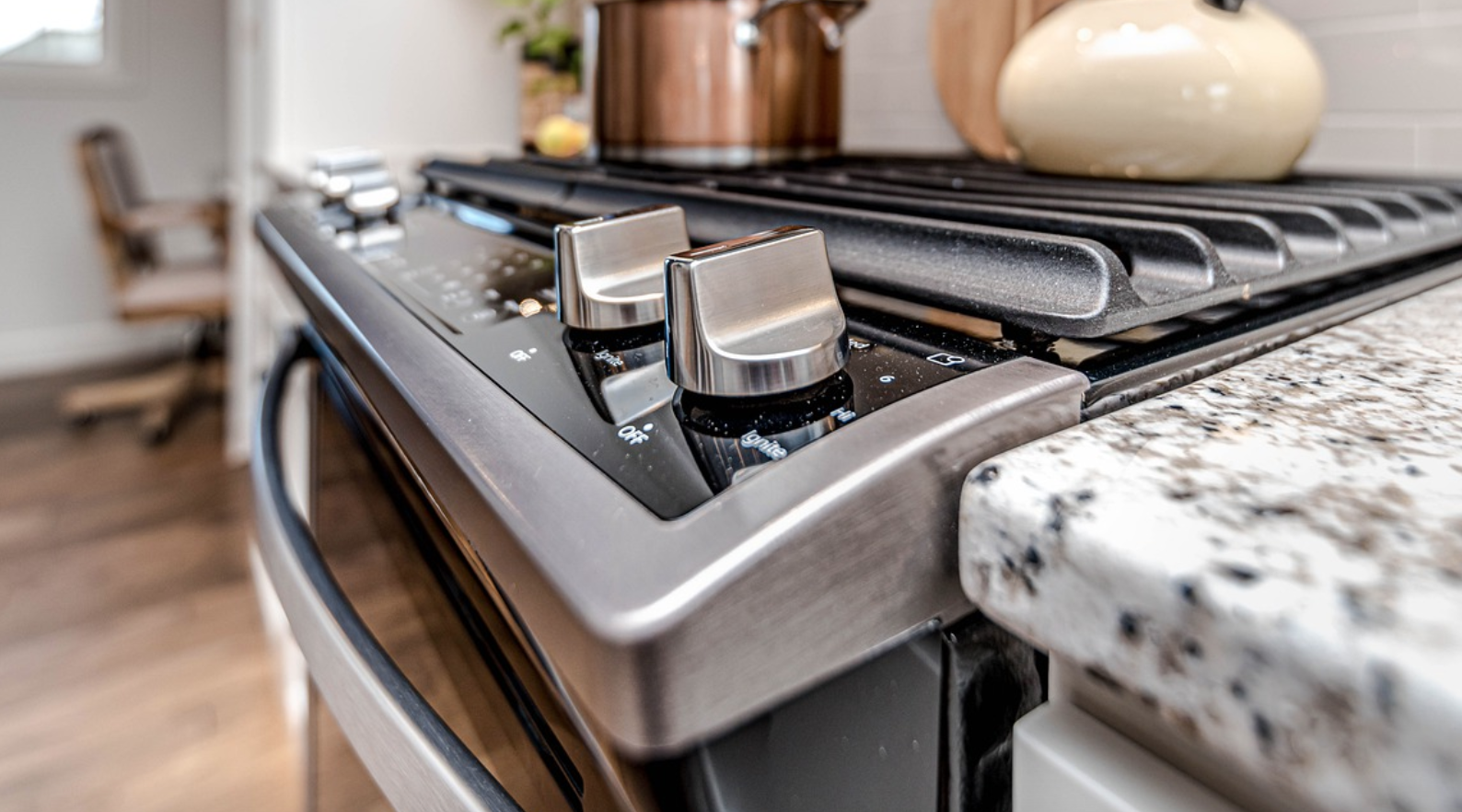 TikTok Video Shows People What The Bottom Drawer Of An Oven Is Actually For - BroBible