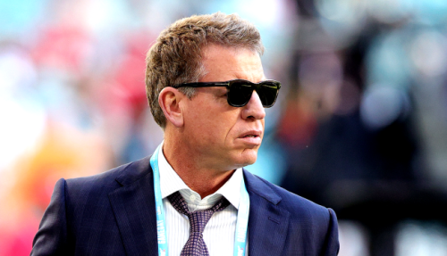 The Internet Is Marveling At How Shredded A Shirtless Troy Aikman Still Is At Age 54