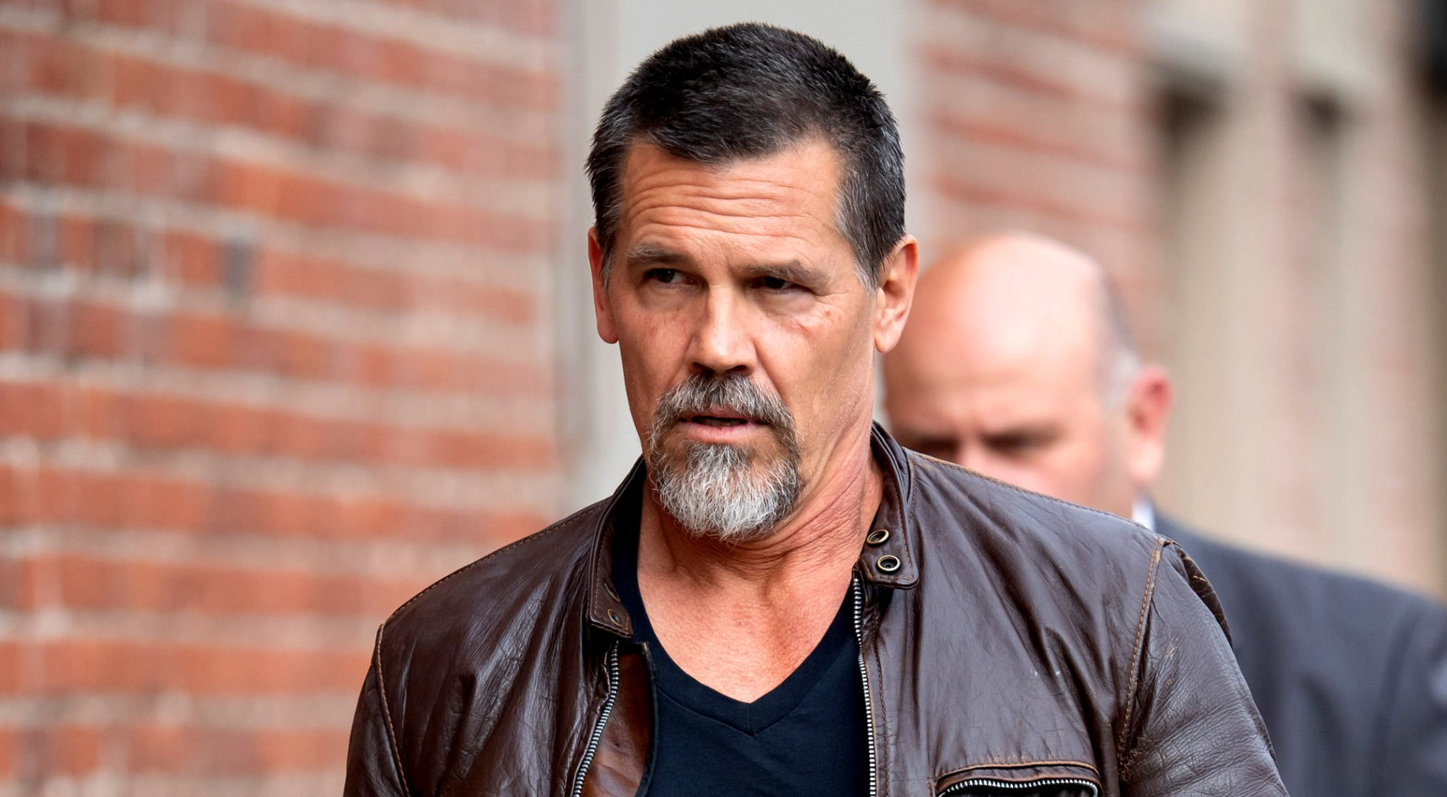 Josh Brolin Issues Dire Warning After Trying Out The Viral 'B**thole Sunning' Wellness Trend - BroBible