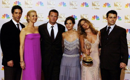 The Cast Of 'Friends' Still Makes SO MUCH MONEY From The Show 15 Years After It Ended - BroBible