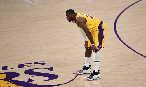 LeBron James Reportedly Violated NBA's Health And Safety Protocols This Week By Attending Party With Drake And Other Celebrities