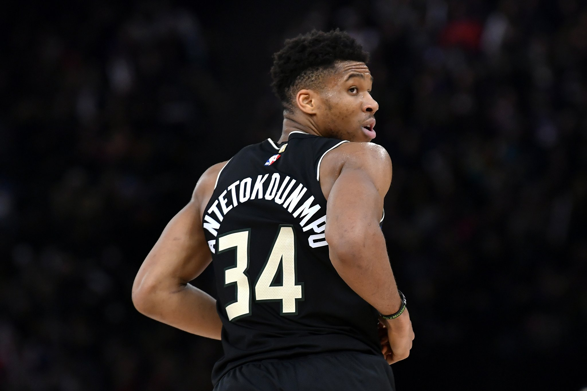 Giannis Antetokounmpo Reportedly Met With Bucks Ownership To Discuss Future On Same Day He Unfollowed Teammates On Instagram - BroBible
