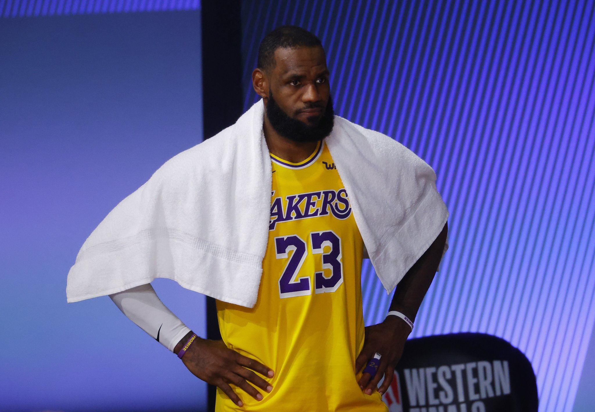 LeBron James Posts Cryptic Twitter Post And The Internet Believes He's Subtweeting His Son Bronny For Smoking In Video - BroBible