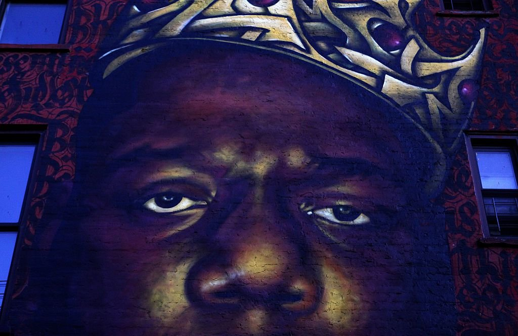 The Iconic Crown The Notorious B.I.G. Donned Days Before His Death Is Going Up For Auction Alongside Some Other Notable Artifacts From Hip-Hop History - BroBible