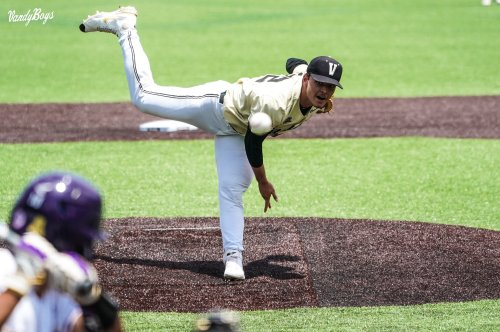 Jack Leiter's Dominant Performance Over ECU Leads Vandy To Omaha