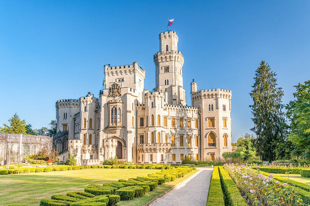 THIS UNDERRATED EUROPEAN COUNTRY HAS THE MOST BEAUTIFUL CASTLES IN THE WORLD