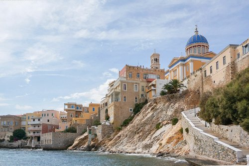 27 PHOTOS THAT WILL MAKE YOU WANT TO PACK YOUR BAGS TO THE GREEK ISLAND OF SYROS