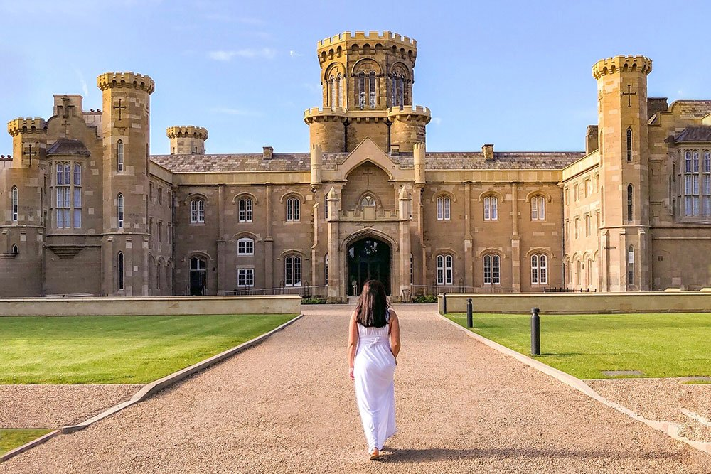 WHAT IS IT LIKE TO STAY IN AN ENGLISH CASTLE?