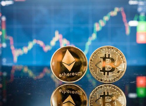 Investoren in Lauerstellung: Ausgaben von Bitcoin und Ethereum rückläufig