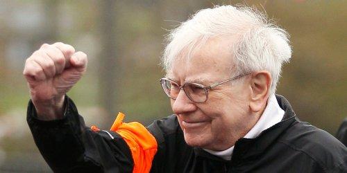 Warren Buffett's Berkshire Hathaway has made $87 billion on Apple — more than the tech titan's entire market cap in 2009