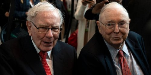 'Robinhood isn't democratizing investing': 6 markets experts break down why Warren Buffett and Charlie Munger were right to trash the trading app