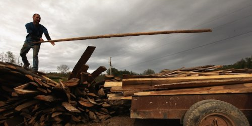 Lumber prices fall for the 8th straight day to near $1,000 per thousand board feet for the first time since March