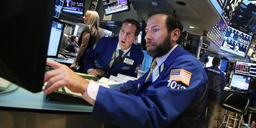 Global shares rise after slew of robust earnings; oil falls as COVID restrictions stoke demand concerns