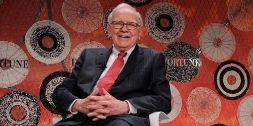 Warren Buffett used the 'Mona Lisa' to explain why art is a terrible investment - but then compared Berkshire Hathaway to an art museum