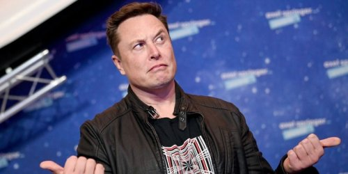 Why Elon Musk has Warren Buffett and other celebrity CEOs to thank for his 'Saturday Night Live' hosting gig