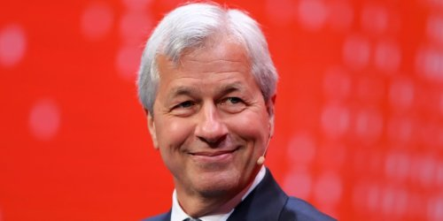 Jamie Dimon is just one finance leader not buying the bitcoin hype as it heads back to its record high. Here are 18 other skeptics.