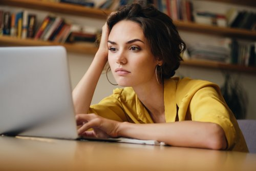 Es reicht nicht, bei Burnout weniger zu arbeiten — diese 3 Strategien helfen tatsächlich aus der Krise