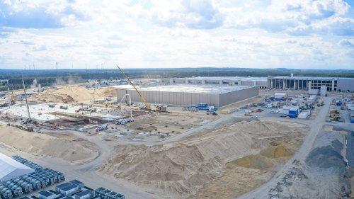 Wasserknappheit, Störfälle und Gifstoffe: Das sind die wichtigsten Punkte unter den mehr als 800 Einwendungen gegen die Tesla-Fabrik in Brandenburg