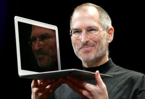 Steve Jobs hatte eine Angewohnheit, wenn er mit Menschen sprach — sie machte ihn erfolgreich