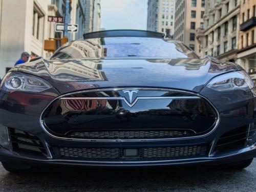 Hat Tesla beim Model Y improvisiert? Kunden entdecken Teile, die aussehen, als habe sie jemand beim Baumarkt gekauft