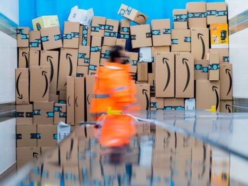 Ich arbeite als Teilzeitfahrer bei Amazon — so tricksen wir, um die strengen Regeln und die ständige Überwachung zu umgehen