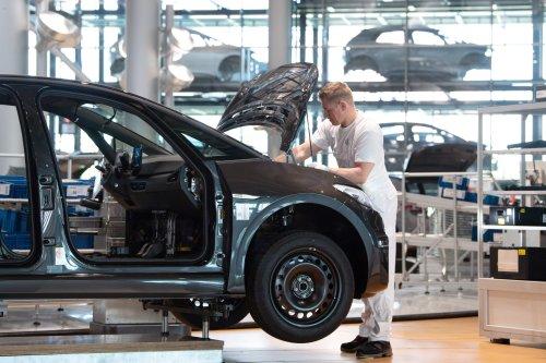 Das sind die Jobs, die euch ein fast sechsstelliges Gehalt in der Autoindustrie einbringen können