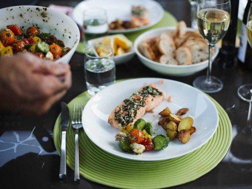 Die Mittelmeer-Diät wurde zur besten Ernährungsweise für 2021 gekürt – so könnt ihr sie ausprobieren