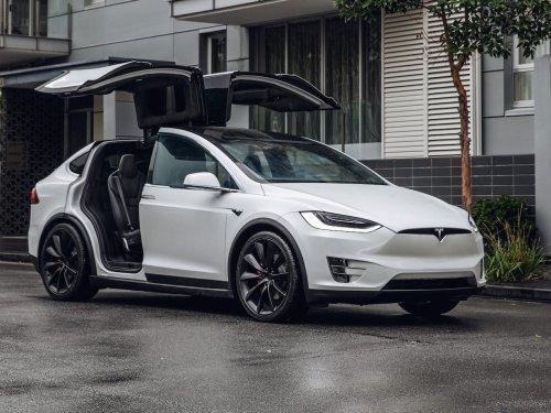 20 Dinge, die einen Tesla von jedem anderen Auto unterscheiden