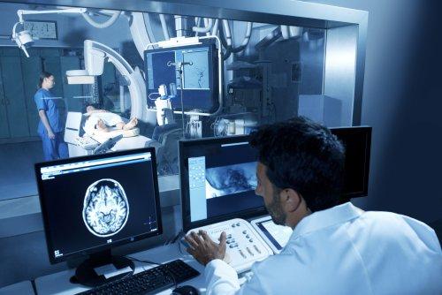 Müdigkeit, Kopfschmerzen, Schlaganfall: Wie Covid-19 unser Nervensystem angreift