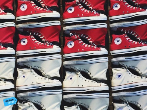 Chucks und andere Sneaker ab 35 Euro kaufen: Im Sale von Converse gibt es gerade bis zu 53 Prozent Rabatt