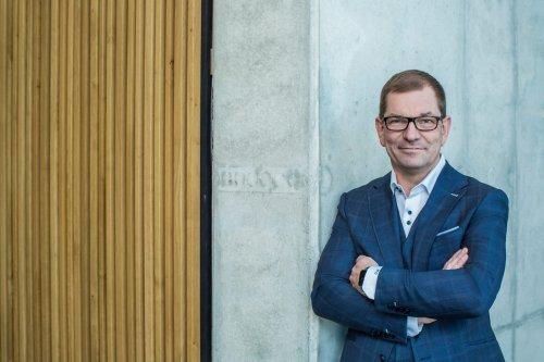 Audi-Chef Duesmann erhöht Profitabilitätsziele - Elektroautos sollen in drei Jahren soviel Gewinn wie Benziner bringen