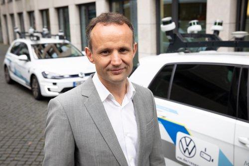 """VW-Revisionsbericht: Der Mann, den sie """"Apple-Praktikant"""" nennen, soll mehr als 100 Millionen Euro bei der Bulli-Entwicklung verbrannt haben"""
