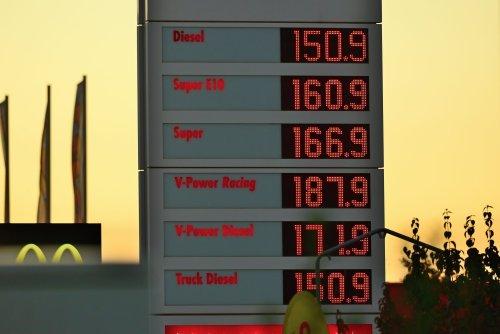 Commerzbank-Experte macht Hoffnung: Wann die Benzinpreise wieder sinken werden