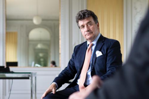 Dieser Baron verwaltet die Milliarden von Deutschlands reichsten Familien – und verrät, wie er ihr Vermögen anlegt