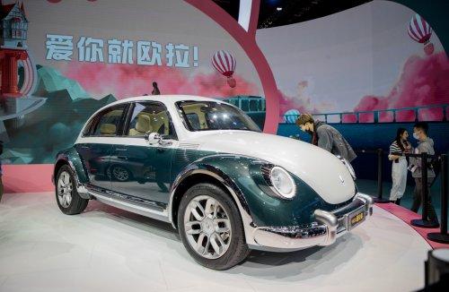 Käfer-Kopie auf der Shanghai Automesse: Klaut ein chinesisches Unternehmen den VW-Klassiker?