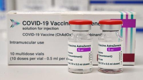 """Mitarbeiter sagt, warum AstraZeneca """"nicht in einer Million Jahren"""" noch mal einen Impfstoff entwickeln würde"""