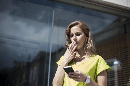 Zigarettenpause, Mittagessen, Dienstweg: Eine Anwältin erklärt, was zur Arbeitszeit gehört — und was nicht