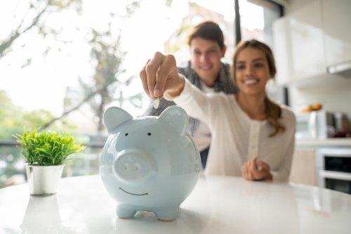Diese vier Dinge solltet ihr jetzt schon tun, um eine stressfreie Rente zu genießen, sagt eine Finanz-Expertin