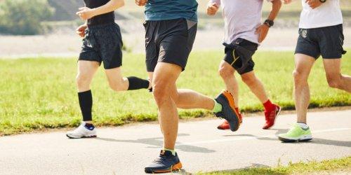Ein Lauf-Leitfaden für alle, die Gewicht verlieren wollen — mit einem Monats-Trainingsplan für Anfänger