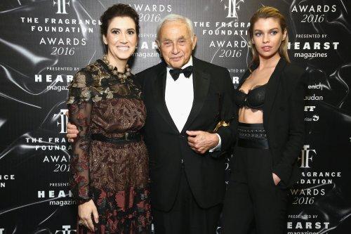 """Der 83-jährige Ex-CEO von Victoria's Secret behauptet, er sei """"der Einzige, der versteht, was Frauen wollen"""" — und verhinderte so jahrelang den Umbruch der Marke"""