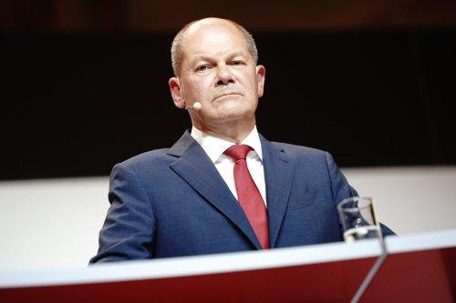 SPD-Kanzlerkandidat Olaf Scholz verrät sein Gehalt und spricht über seine Pläne zur Einkommenssteuer und Rente