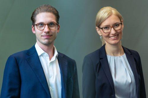 """""""Der Anspruch muss sein, fehlerfrei zu bleiben"""": So erleben zwei junge Investmentbanker den Arbeitsalltag bei der Deutschen Bank"""