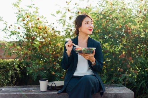 Eine Harvard-Ernährungspsychiaterin verrät fünf Lebensmittel, die sie selbst isst, um ihre Konzentration zu steigern