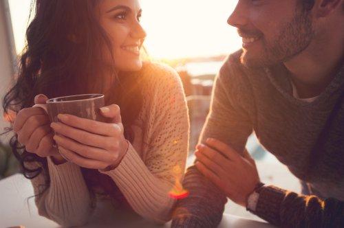 4 Themen, die beim Dating und für Paare oft Tabus sind — und warum ihr darüber sprechen solltet